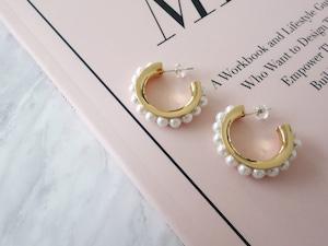 【在庫限り】 18k pearl hoop pierce