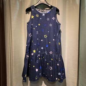 【LOVE MOSCHINO】スター刺繍デニムワンピース (BLUE)