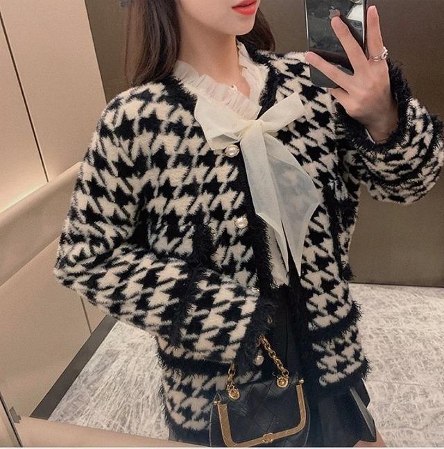 vintage motif coat