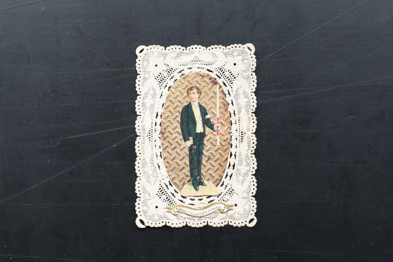 【フランス】ホーリーカード /本を抱えた男 (1900年代)