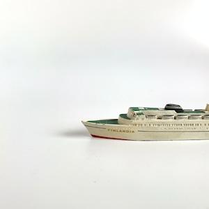 """FINLANDIA"" Metal Small Ship"