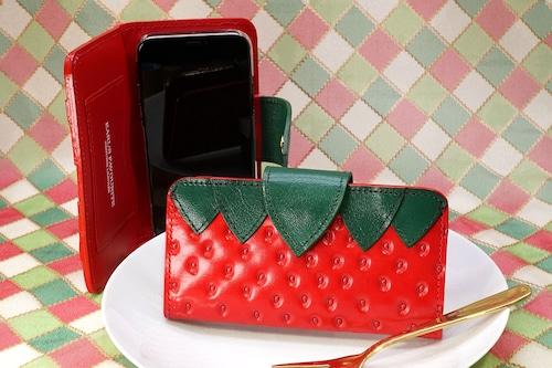 ヘタ付きいちごなスマホケース(Mサイズ)iPhone X  Xs  12など多機種対応
