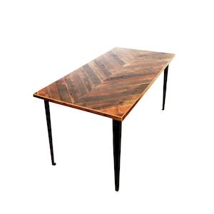 "受注生産品 Table ""Plain"" 750 x 1500 w/ chevron top"