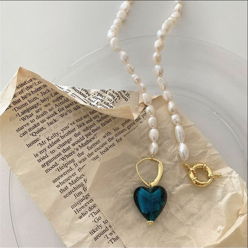 heart pendant pearl necklace