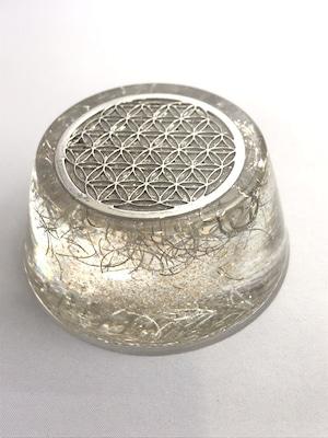 円型オルゴナイト(フラワーオブライフ)【天然水晶】金運・財運&健康運もOK
