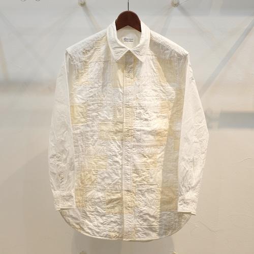 KUON(クオン) CIRCLE特注 生成りアップサイクル切り替えシャツ(前身頃)