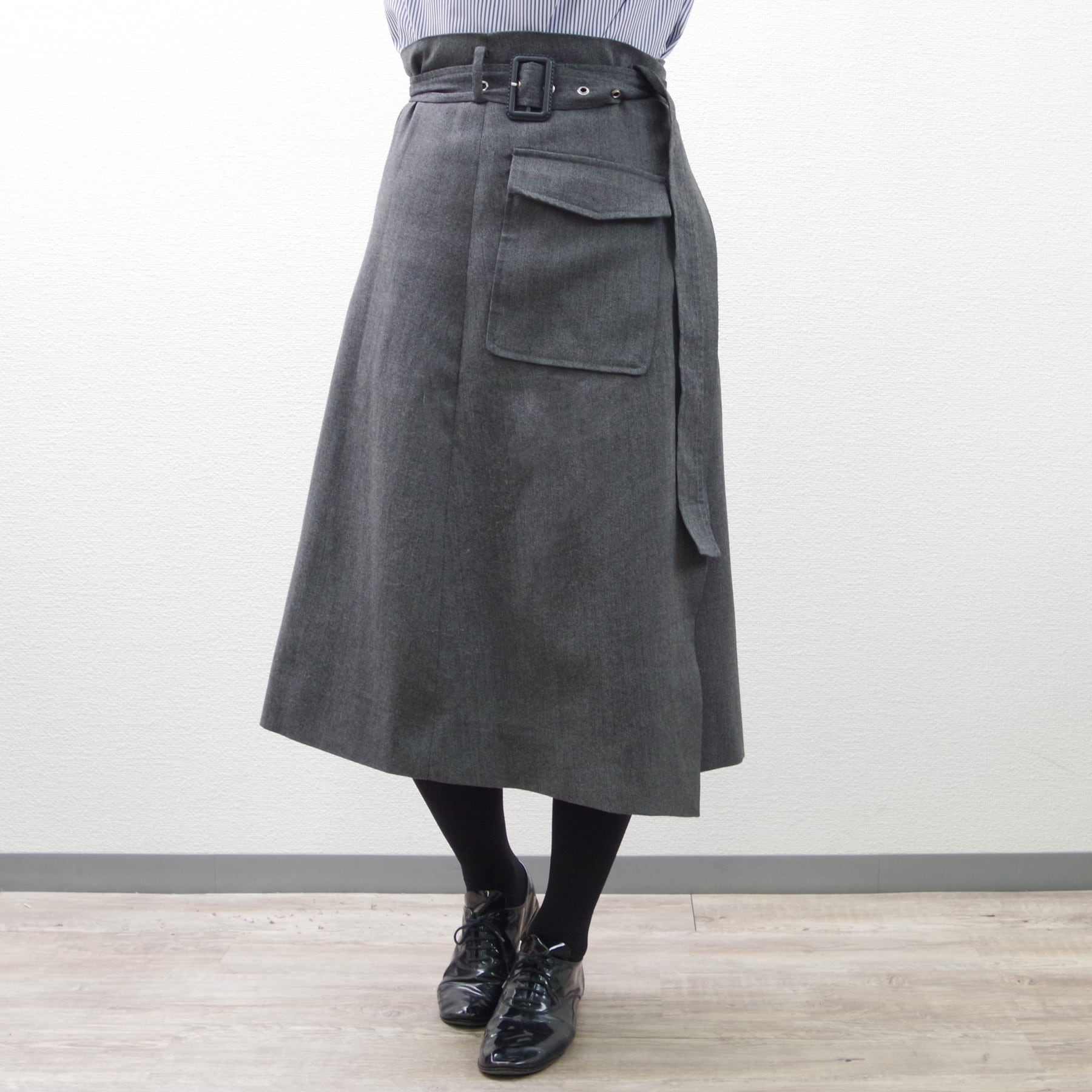 【即納】ウールラップスカート(ダークグレー) ボトム ベルト デザイン シンプル ビッグポケット 巻きスカート