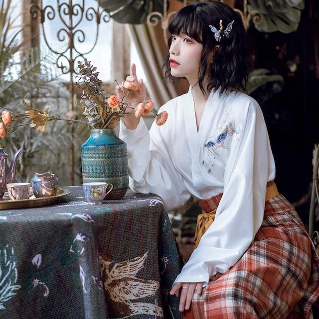 【卿棠シリーズ】★チャイナ風シャツ★ Vネック 漢元素 漢服トップス ホワイト 白い 可愛い オリジナル