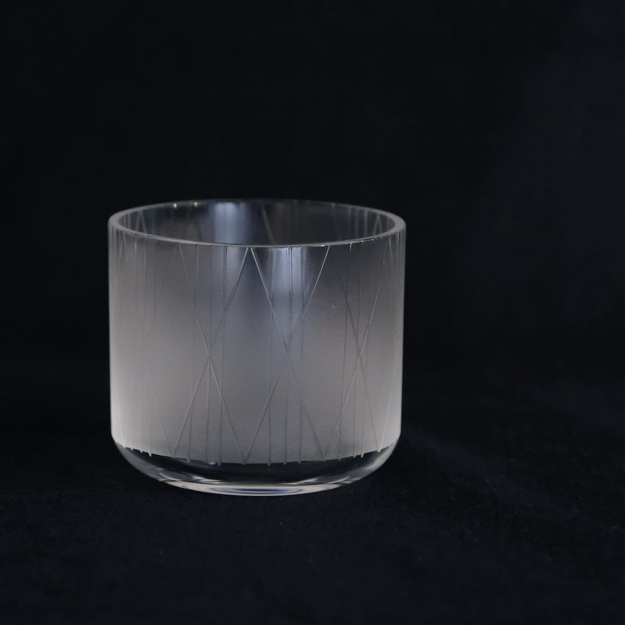大迫友紀 Yuki Osako 真ん中のグラス 線と丸 (線)