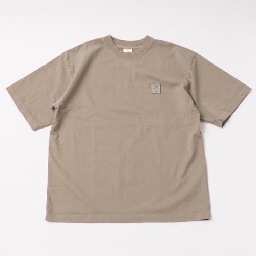 Garment Dye Emblem Tee designed by tomoo gokita / ATMOS GREEN