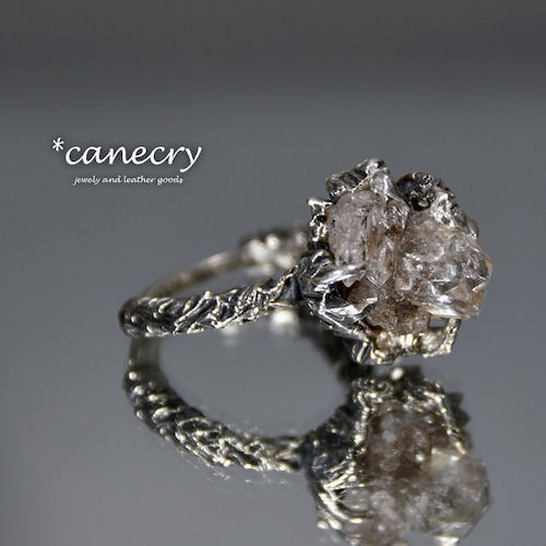 ハーキマーダイヤモンド(水晶)のリング