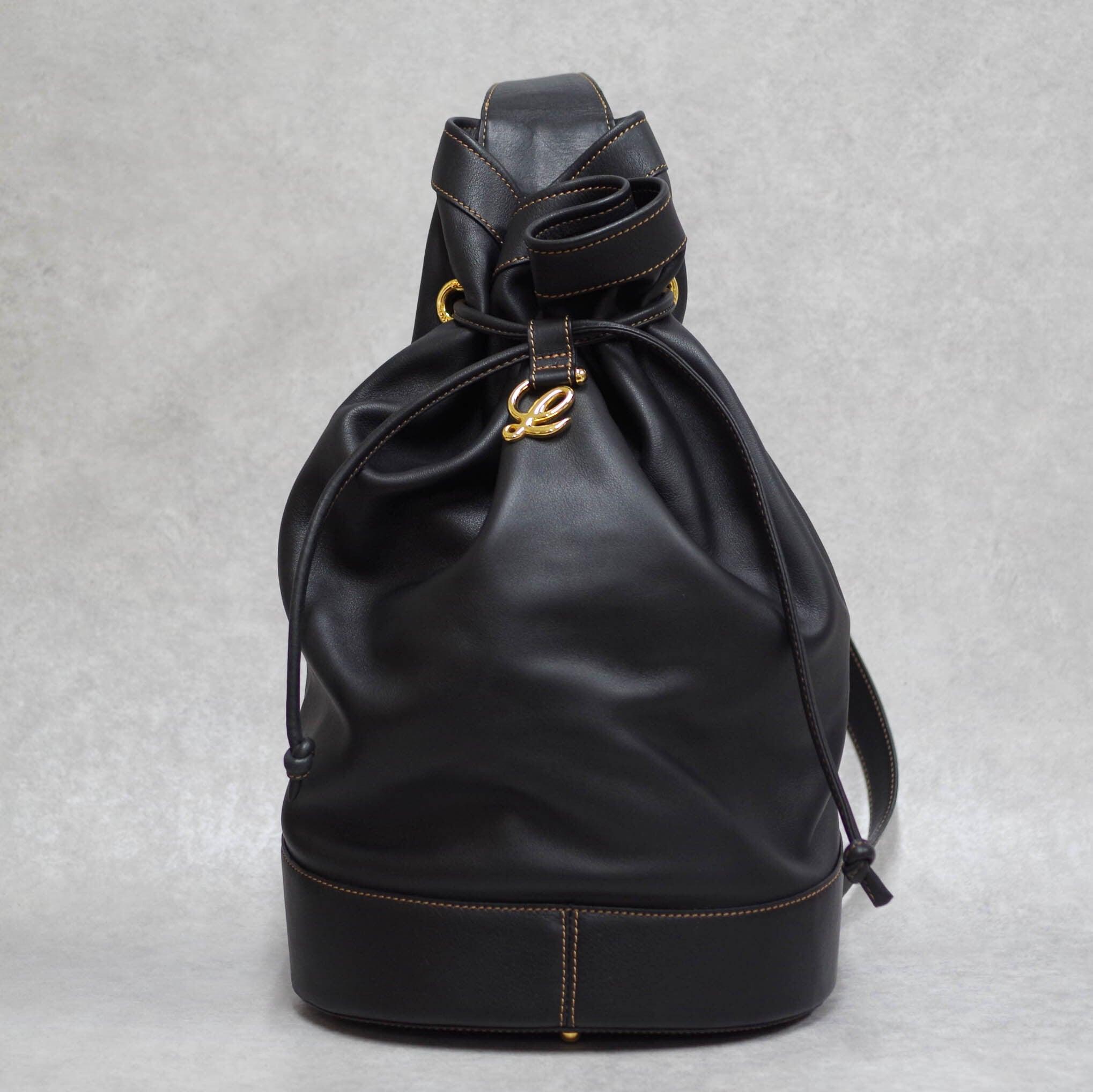 LOEWE ロエベ アントン ワンショルダーバッグ 巾着型 レザー ブラック