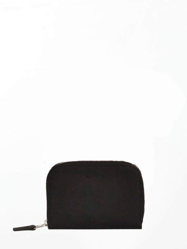 PB0110 CM1.1 Black