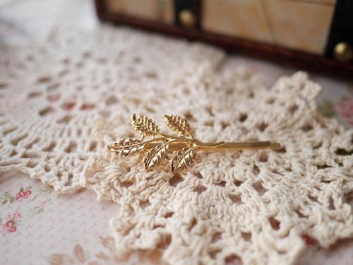 アンティーク風 オリーブの枝葉 ヘアピン ゴールド