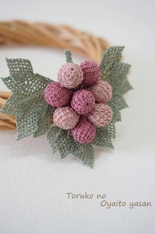 イーネオヤ ぶどうのブローチ ピンク系:NaBr1-G2