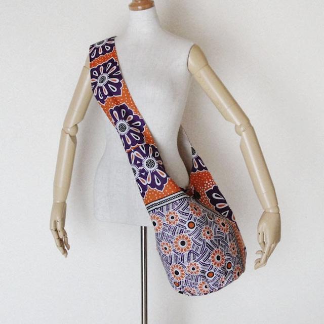 カンガのショルダーバッグ 大きめ / アフリカ布バッグ / アフリカンプリント