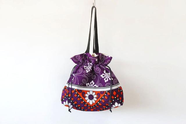 カンガの巾着バッグ|アフリカ布 / 大きめバッグ