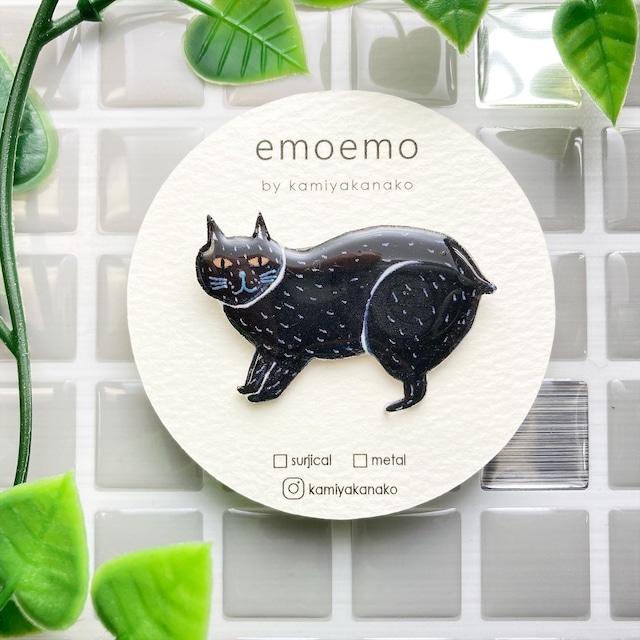 emoemoブローチ 黒猫 レジン EMA002