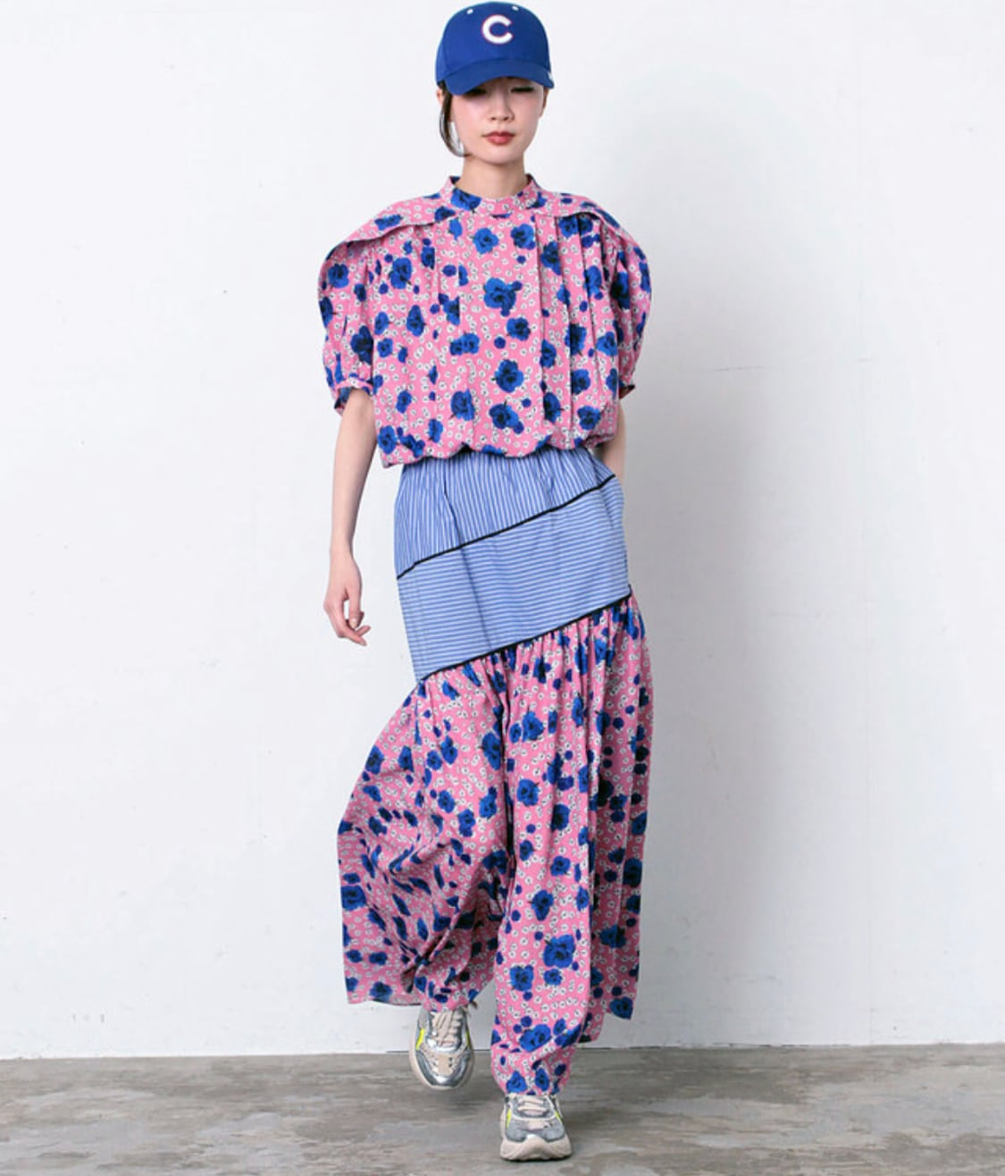 FLUMOR  Imported flower print Stripe switching skirt