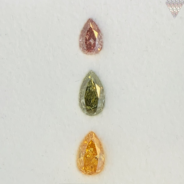 合計  ?0.59 ct 天然 カラー ダイヤモンド 3 ピース GIA  3 点 付 マルチスタイル / カラー FANCY DIAMOND 【DEF GIA MULTI】