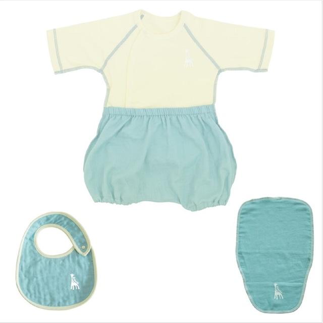出産祝い ギフトに! 可愛くて着替えやすいラクラクふわふわバルーンオール/スタイ/汗取りパッドのセット(日本製) (送料無料)