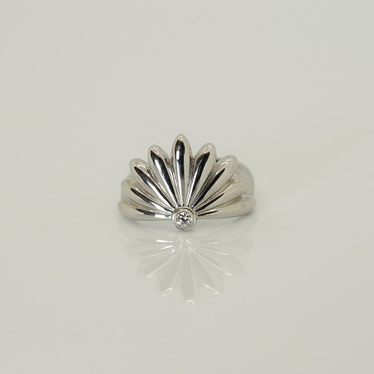 Chrysanthemum ring - SV