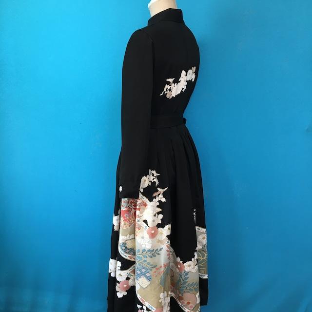 Vintage black 丸襟 古典花