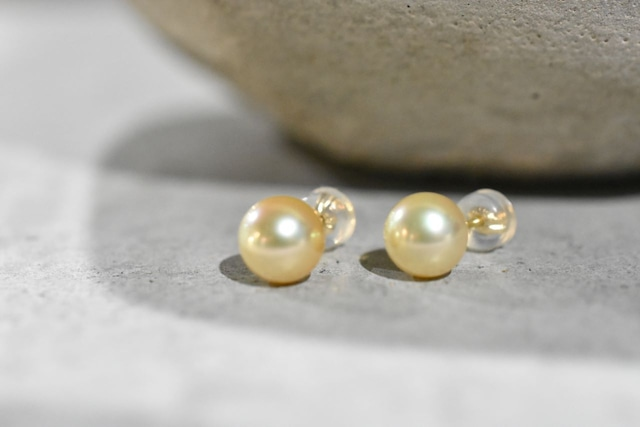Natural Golden Pearl / K18YG