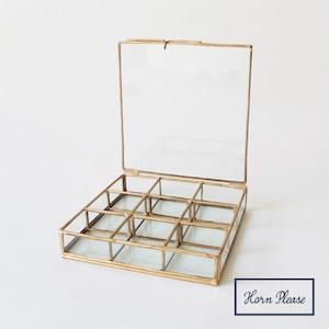 ガラスボックス9仕切りジュエリーボックスガラス9仕切り 真鍮フレームジュエリーボックス SI-308810