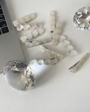 opal hair clip