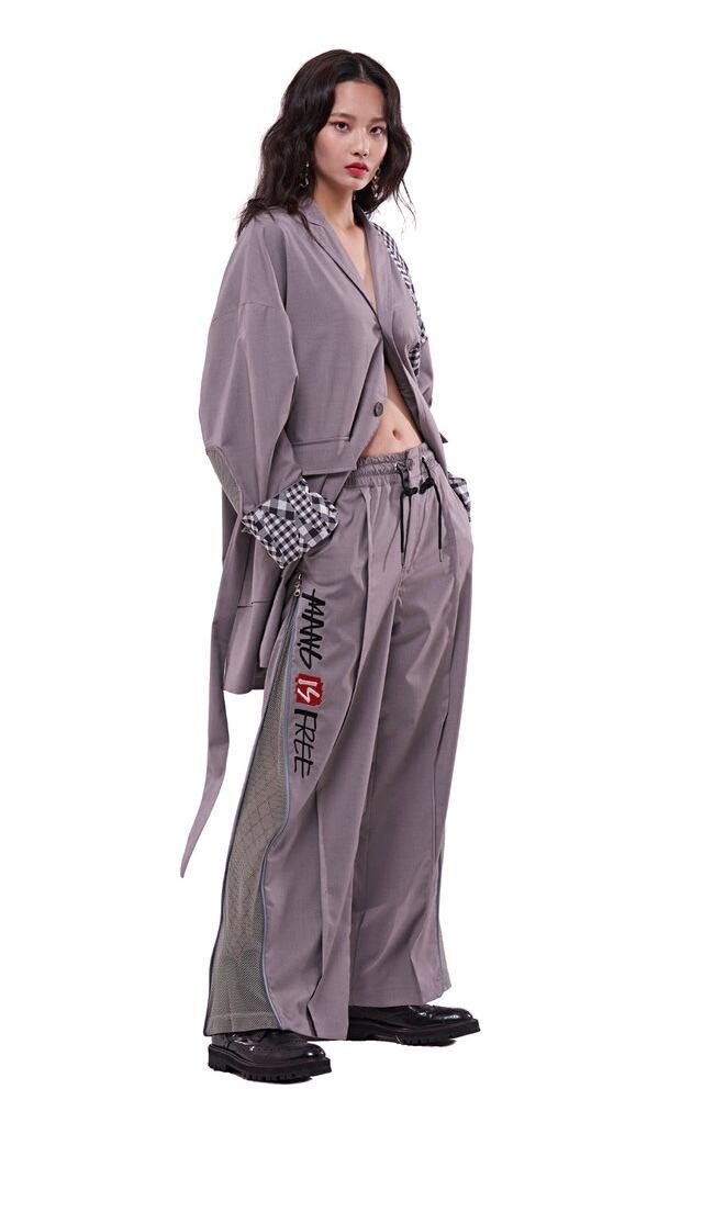 【MANG】英字ロゴ刺繍ロング丈テーラードジャケット