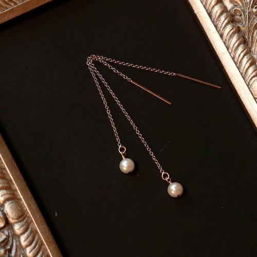 本真珠のアメリカンピアス
