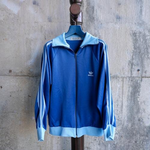 青いトラックジャケット-3