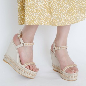 Studs Wedge Sandals