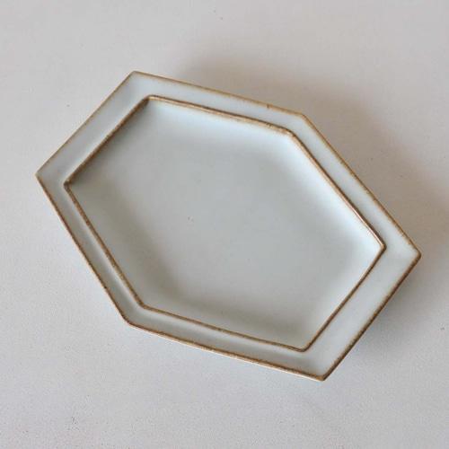 中林範夫(さんちゃ窯) 白6寸6角スリム皿(017)