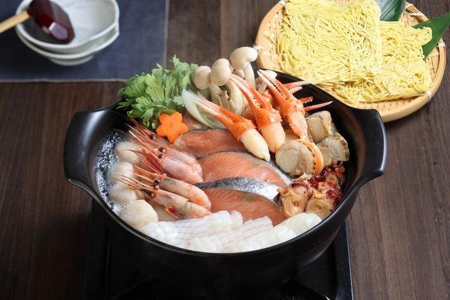 海鮮塩鍋セット(特製〆ラーメン入り)【送料無料】