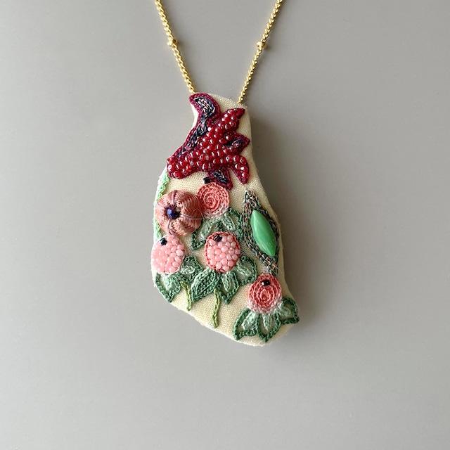 球根花のネックレス&ブローチ<根っこなし>