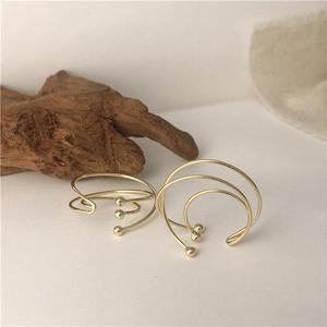three circel ear cuff