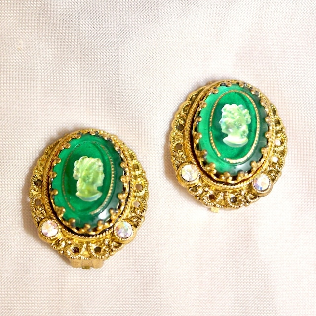 W.GERMANY Glass cameo clip-on earrings
