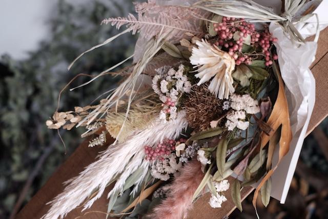 秋の大きめスワッグ - ベージュピンク+実物たち