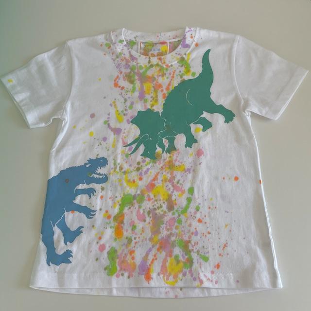 kidsTシャツ130cm「アロサウルスvsトリケラトプス スプラッシュ(センター)」130-21430