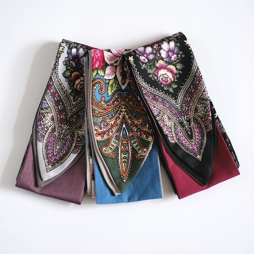 ウクライナのスカーフをリメイクしたターバン
