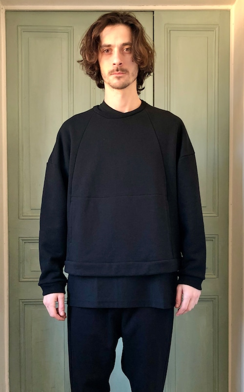 IS - individual sentiments // C02T // PULL OVER SWEAT
