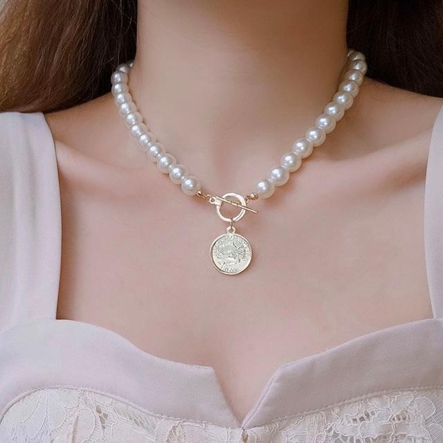 pearl coin choker