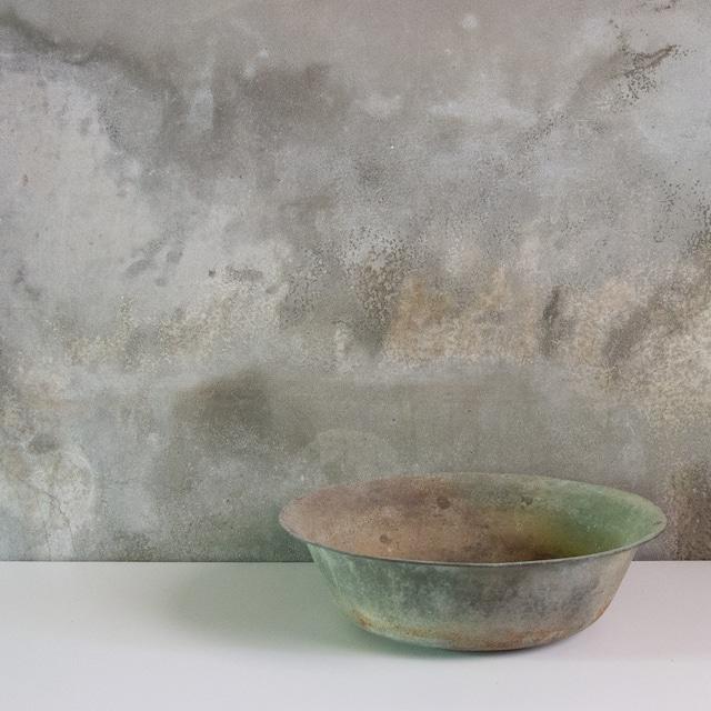 銅の洗面器