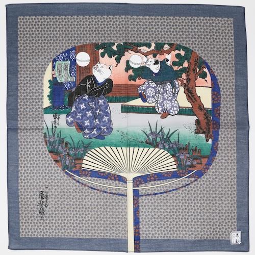 猫ハンカチ(歌川国芳の流行猫の曲鞠団扇)グレー