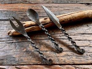 鍛造カトラリーセット(フォーク、ナイフ、スプーン)