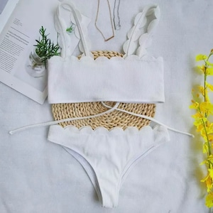 Bikini♡フリルカットリブビキニ ホワイト