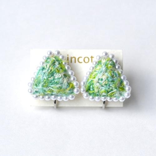 kincot 色糸さんかくイヤリング(パール×グリーン)