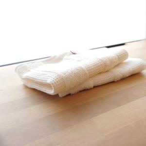 綿100%のオーガニック・コットンタオル。ワッフルボーダー ゲストタオル
